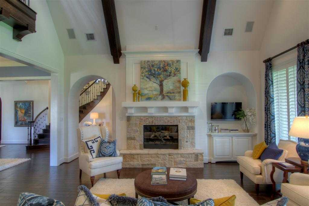 Living Area featured in the Plan 6741 By Huntington Homes in Dallas, TX