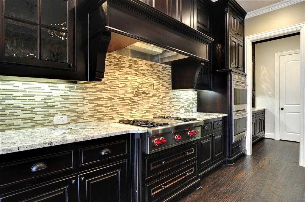Kitchen-in-Plan 6781-at-Woodforest 85s-in-Montgomery