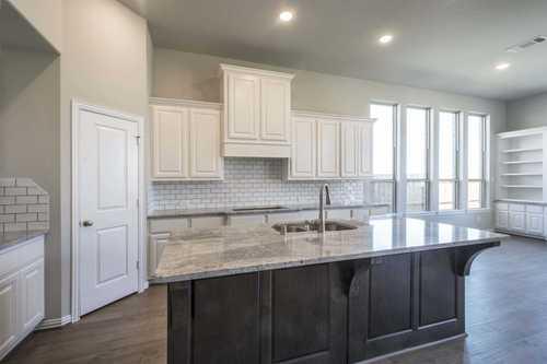 Kitchen-in-Plan 247H-at-Fairway Ranch-in-Roanoke