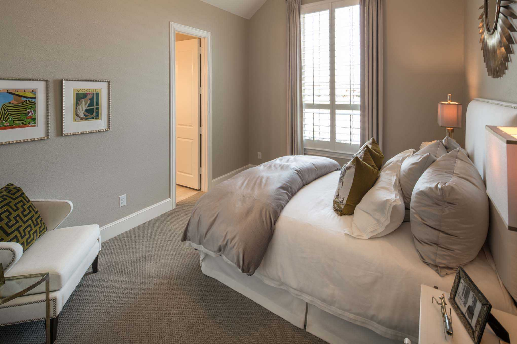 Bedroom featured in the Plan 292 By Huntington Homes in Houston, TX