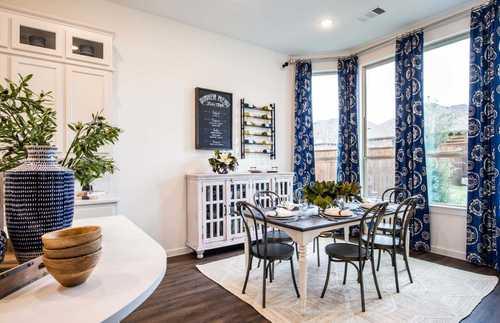 Dining-in-Plan Amberley-at-Wildridge: Artisan Series - 50ft. lots-in-Oak Point