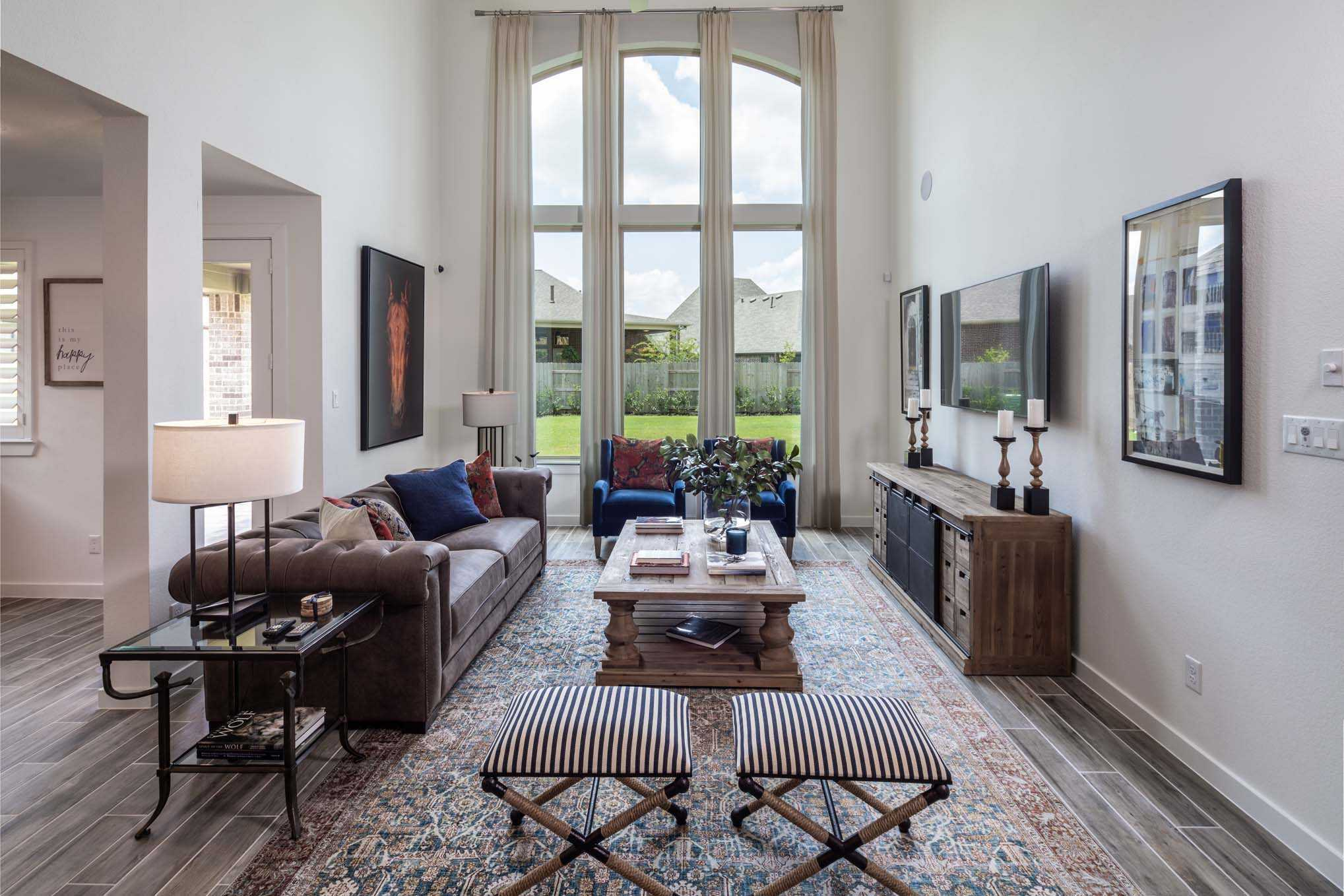 Living Area featured in the Plan 556H By Highland Homes in Dallas, TX