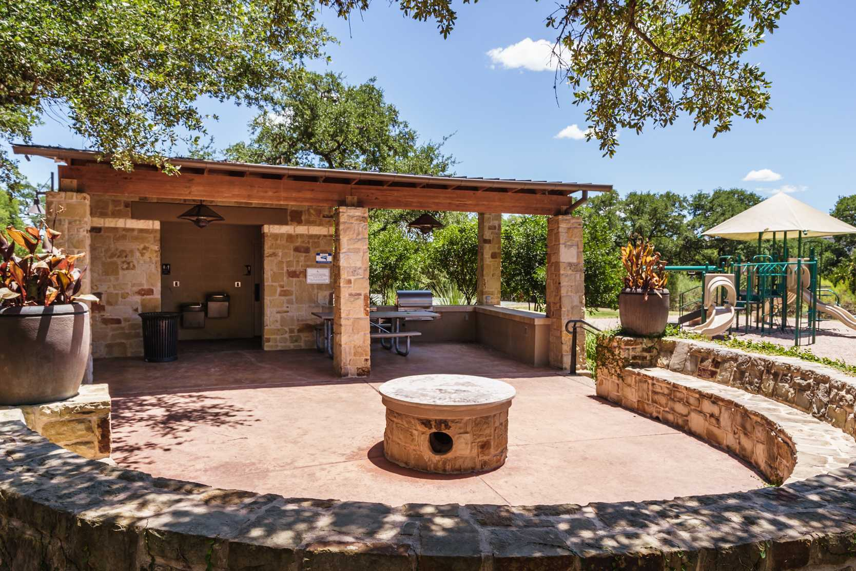 'Highpointe: 80ft. lots' by Highland Homes in Austin