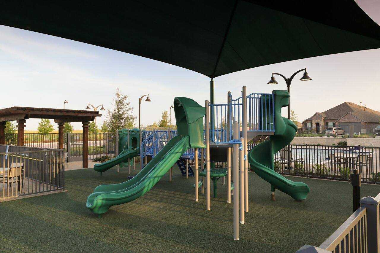 'Gateway Parks: 50ft. lots' by Highland Homes in Dallas