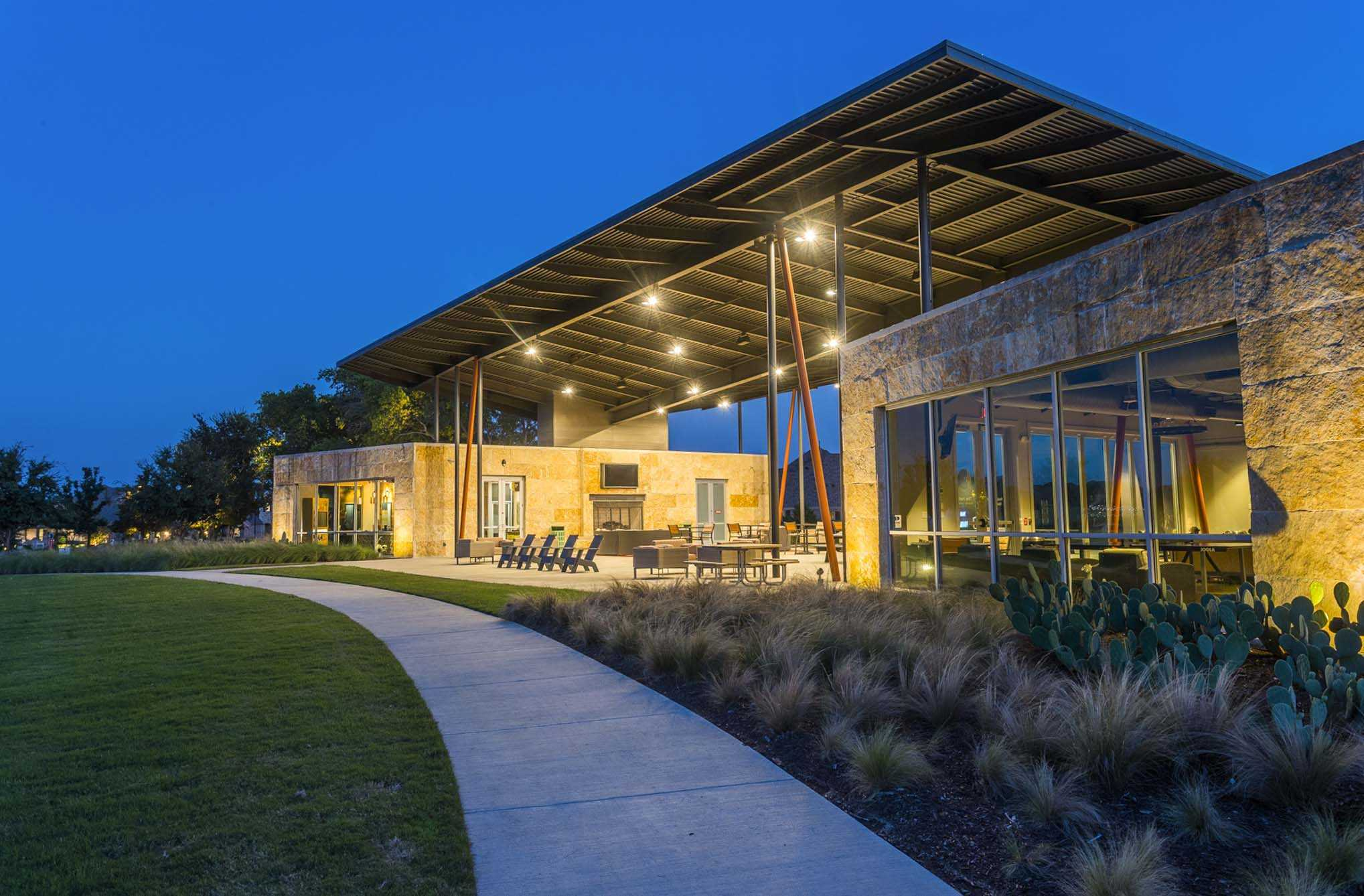 'Union Park: 60ft. lots' by Highland Homes in Dallas