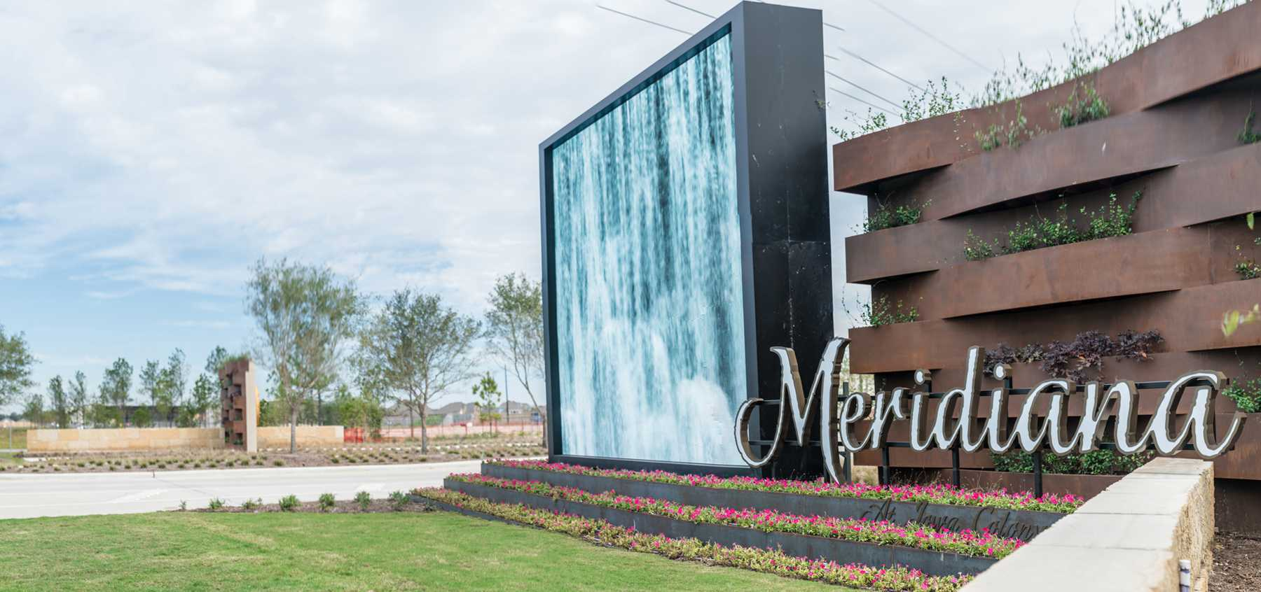 'Meridiana: 65ft. lots' by Highland Homes in Houston