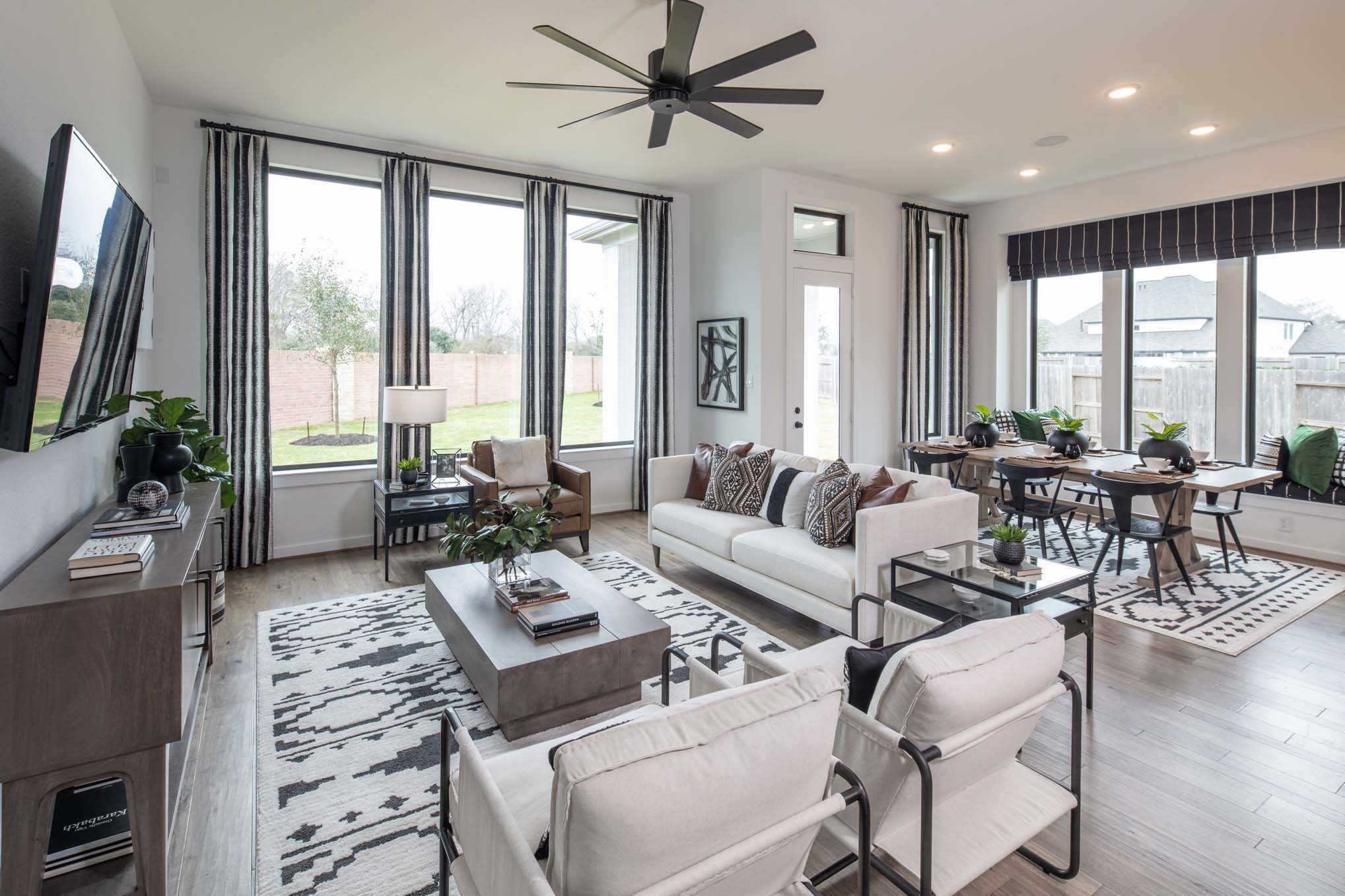 Living Area featured in the Plan Davenport By Highland Homes in Houston, TX