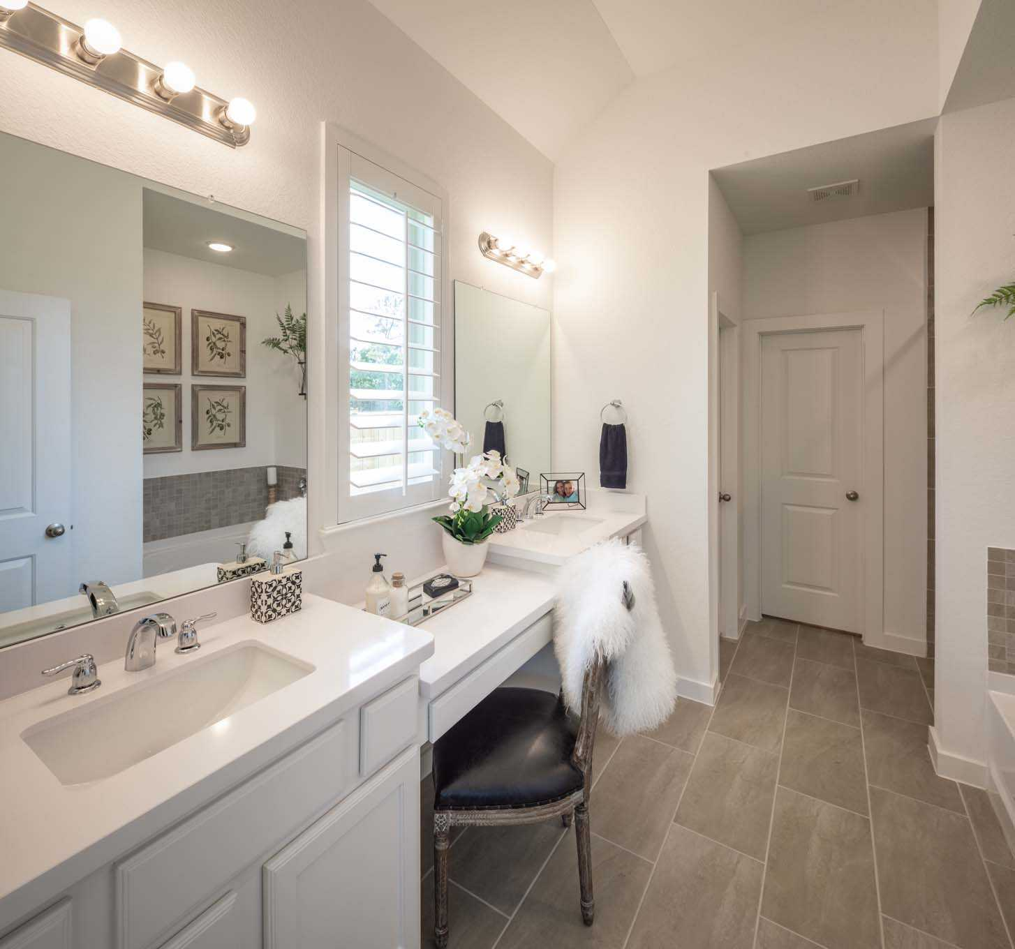 Bathroom featured in the Plan Amberley By Highland Homes in San Antonio, TX
