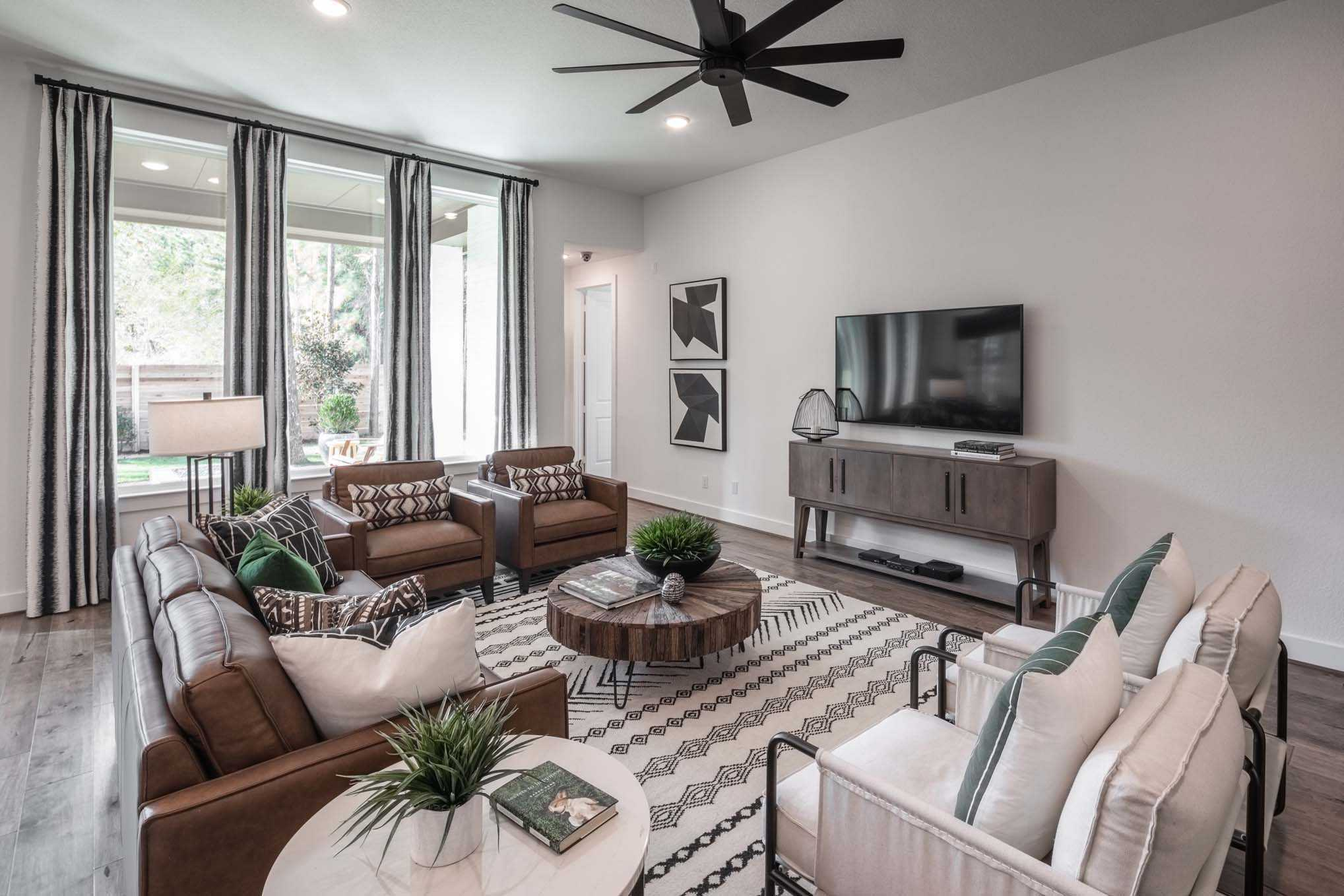 Living Area featured in the Plan Canterbury By Highland Homes in Dallas, TX