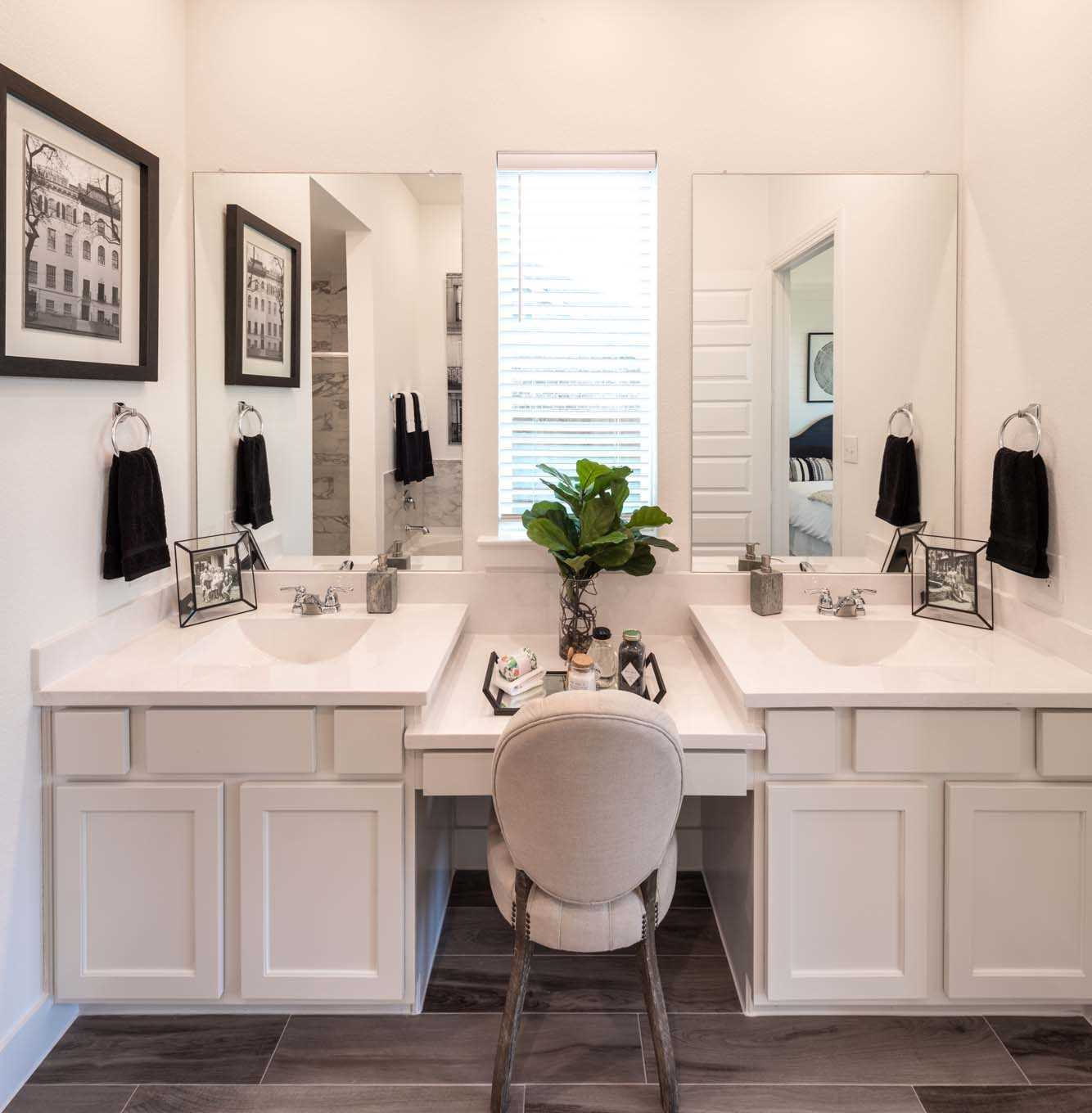 Bathroom featured in the Plan Ashwood By Highland Homes in Houston, TX