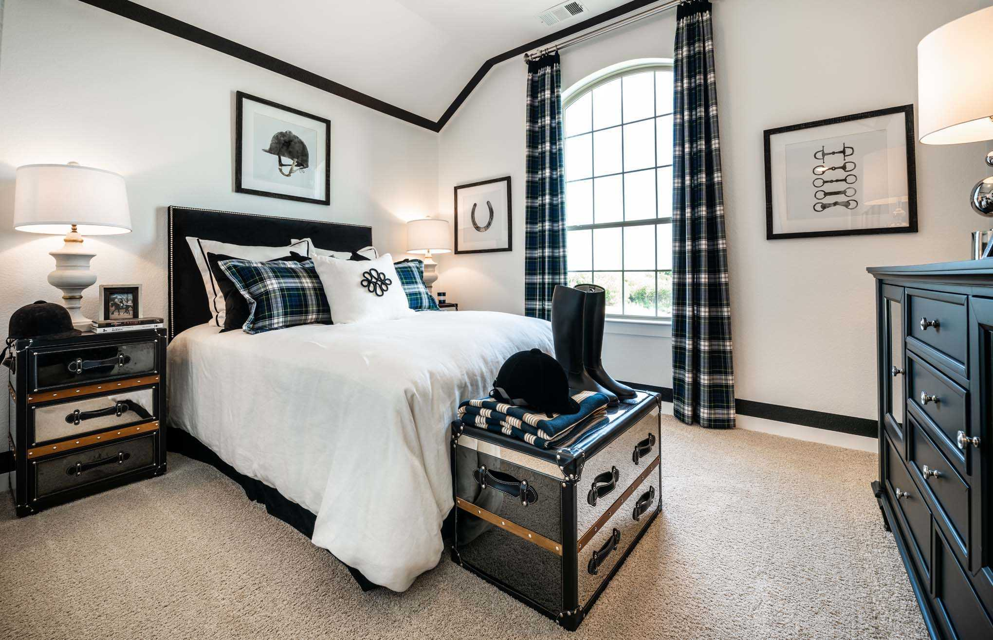 Bedroom featured in the Plan Blenheim By Highland Homes in Sherman-Denison, TX