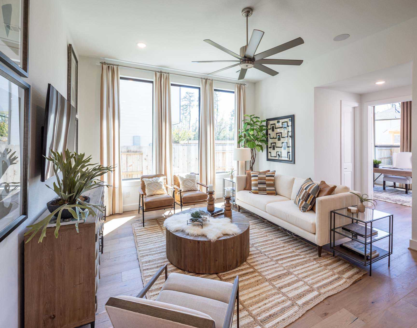 Living Area featured in the Plan Newport By Highland Homes in Houston, TX