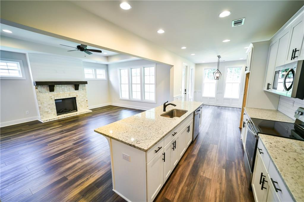 Kitchen featured in The Pinedale By Holland Homes in Auburn-Opelika, AL