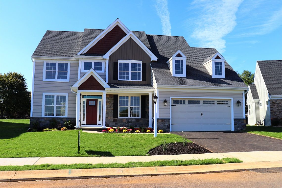Exterior featured in the 1004 Whitfield Dr, #2 By Gateway Realty Inc. in Lancaster, PA