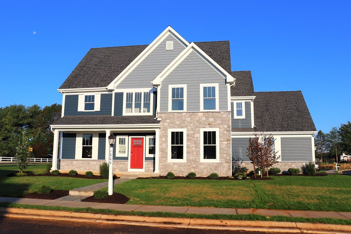 Exterior featured in the 1000 Whitfield Dr, #1 By Gateway Realty Inc. in Lancaster, PA