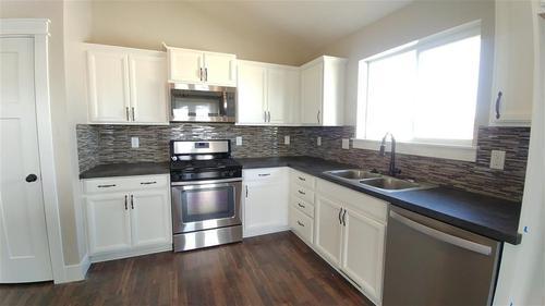 Kitchen-in-Birch-at-Southern Ridge-in-Nampa