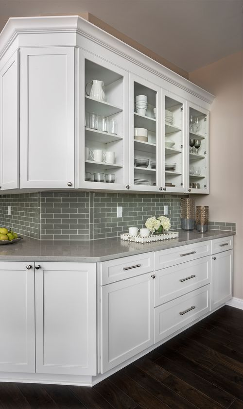 Wet-Bar-in-The Gabriella Grand-at-Rathmor Park-in-South Lyon