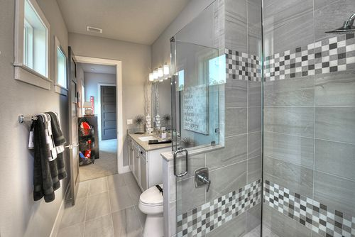 Bathroom-in-Isabella-at-Browns Landing-in-Port Orange