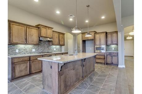 Kitchen-in-Lawrence-at-Somers Pointe-in-Yukon