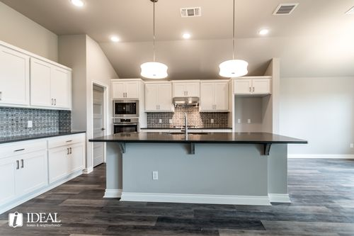 Kitchen-in-Langley 3-Car-at-Castlewood Trails-in-Yukon