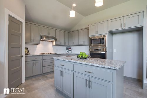 Kitchen-in-Morrison-at-Red Canyon Ranch-in-Norman