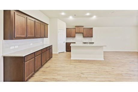Kitchen-in-Austin-at-Waterscape-in-Royse City