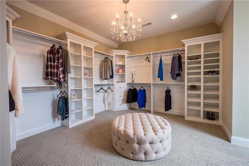 Closet-in-Cambridge-at-Venago Estates-in-Warrendale