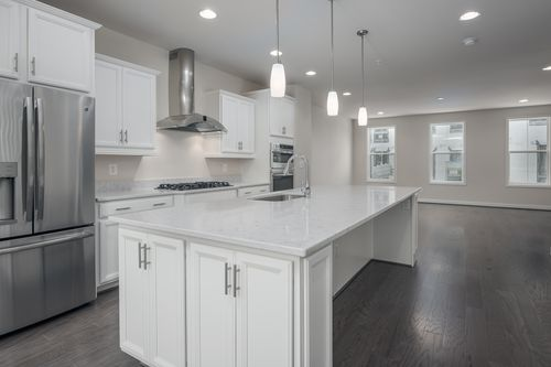 Kitchen-in-The Magothy-at-Potomac Overlook Brownstones-in-National Harbor