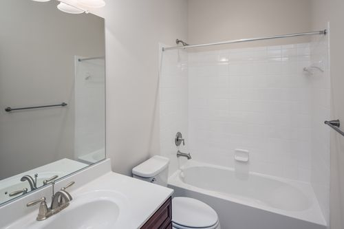 Bathroom-in-The Magothy-at-Potomac Overlook Brownstones-in-National Harbor