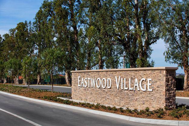 Eastwood Village Entry