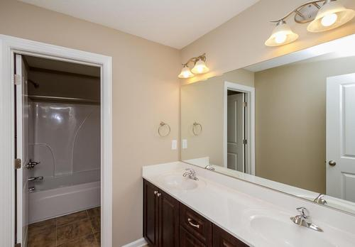 Bathroom-in-Kingsland II-at-Brighton-in-Grovetown