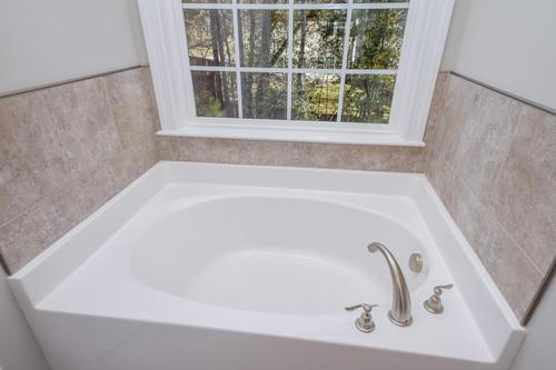 Bathroom-in-Essington-at-Canterbury Farms-in-Grovetown