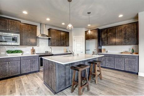 Kitchen-in-3018-B-at-Church Lake Estates-in-Bonney Lake