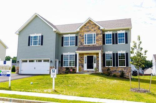 Lake Como Woods by JS Homes in Dover Delaware