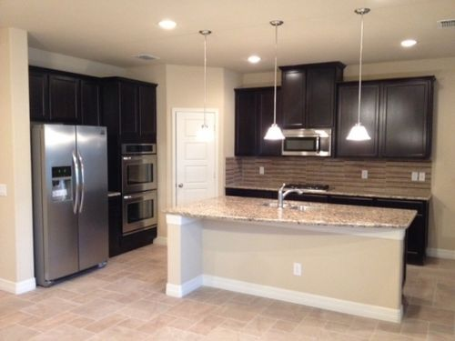 Kitchen-in-Triumph-at-Highlands of Remuda Ranch-in-San Antonio