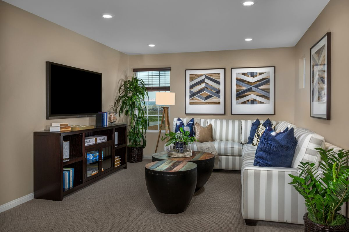 Greatroom-in-Residence 2098 Modeled-at-Turnleaf-in-Chino