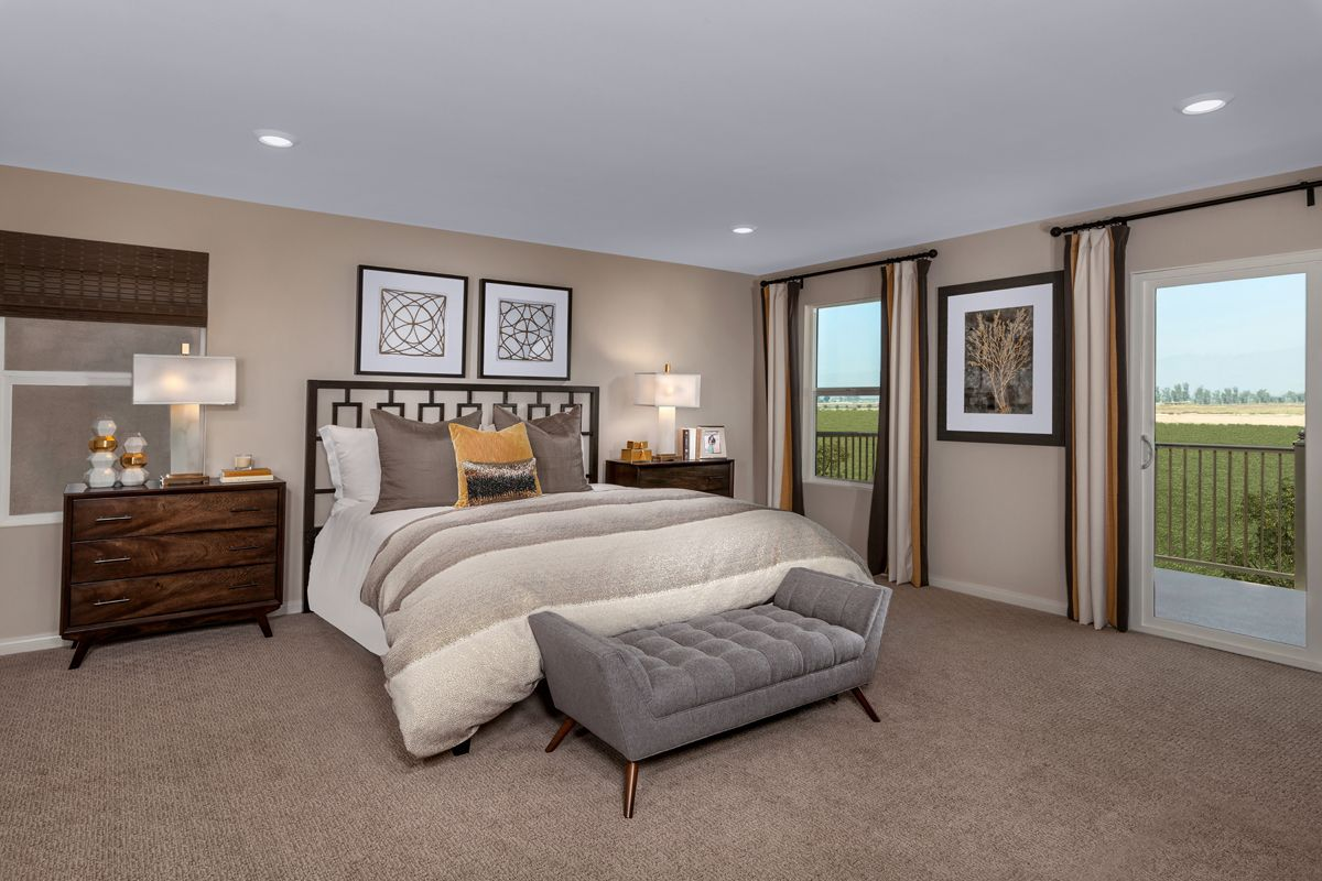 Bedroom-in-Residence 2886 Modeled-at-Northpark-in-Ontario