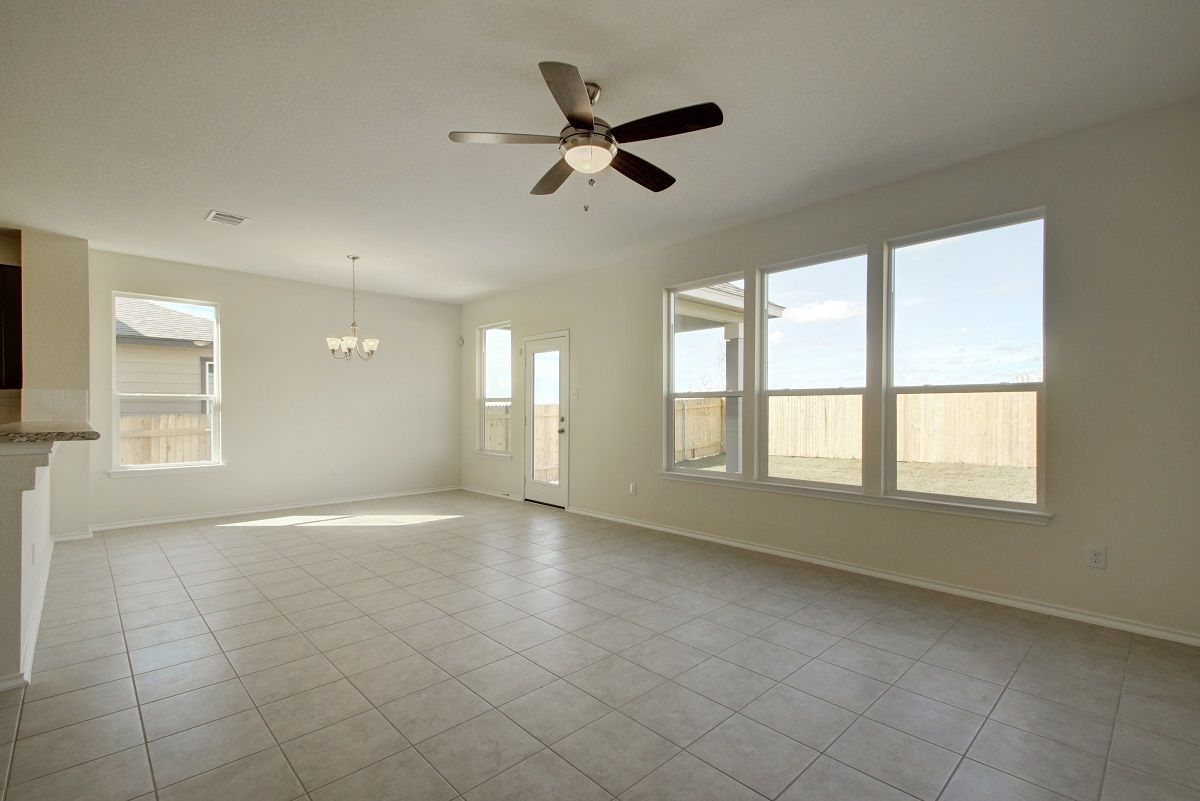 Empty-in-Plan A-1675-at-Saratoga Farms-in-Elgin