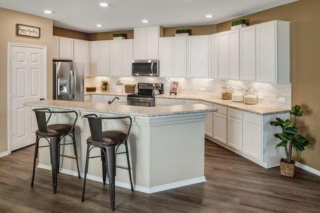 Kitchen-in-F-1585 Modeled-at-Pioneer Point-in-Round Rock