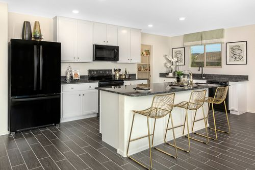 Kitchen-in-Plan 1790 Modeled-at-Entrada Del Oro-in-Gold Canyon