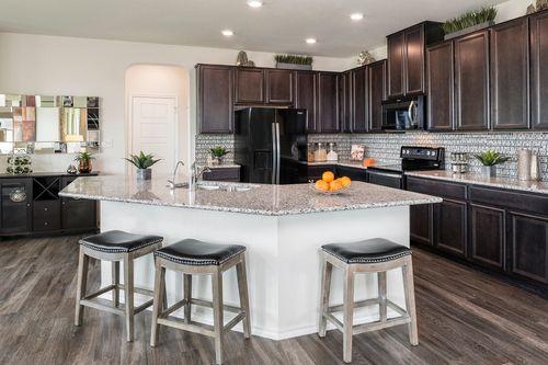 Kitchen-in-Plan 2755-at-Copano Ridge-in-Universal City