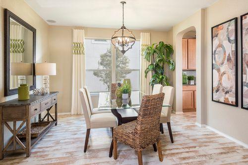 Breakfast-Room-in-Plan 2502-at-Copano Ridge-in-Universal City