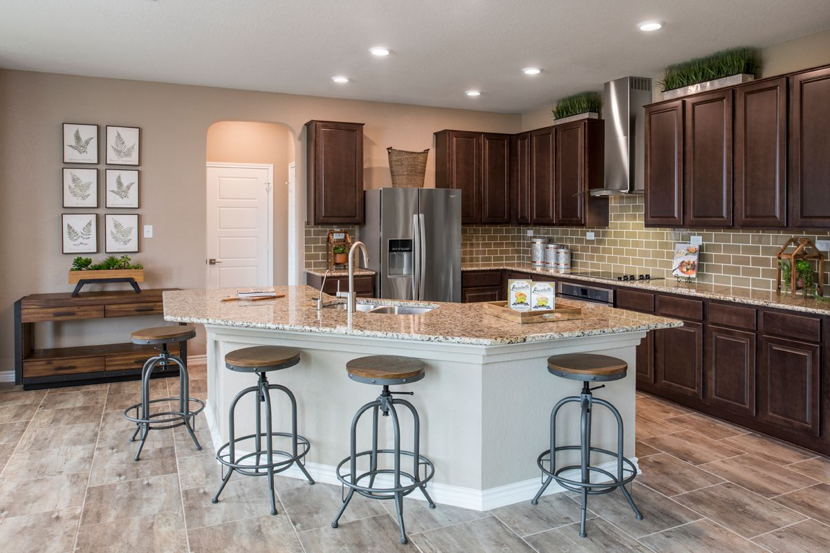 Kitchen-in-Plan 2755-at-Canyon Crest-in-San Antonio