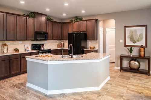 Kitchen-in-Plan 2755 Modeled-at-The Ridge at Bandera-in-Helotes
