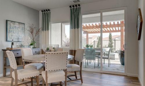 Dining-in-Reed-at-K. Hovnanian's® Four Seasons at Los Banos-in-Los Banos