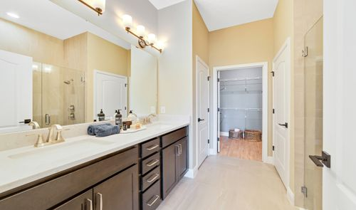 Bathroom-in-Emerie - Villa-at-K. Hovnanian's® Four Seasons at Orlando-in-Kissimmee