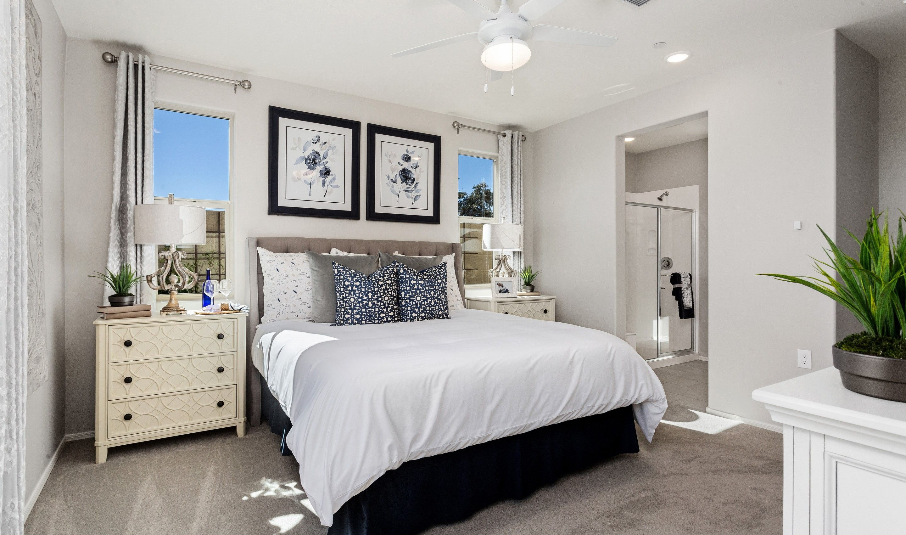 Bedroom featured in the Saguaro By K. Hovnanian's® Four Seasons in Phoenix-Mesa, AZ