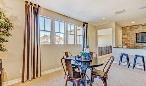 Breakfast-Room-in-Meridian-at-Summit at Silverstone-in-Scottsdale
