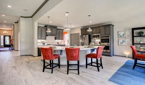 Kitchen-in-Hayden-at-Woodshore-in-Clute
