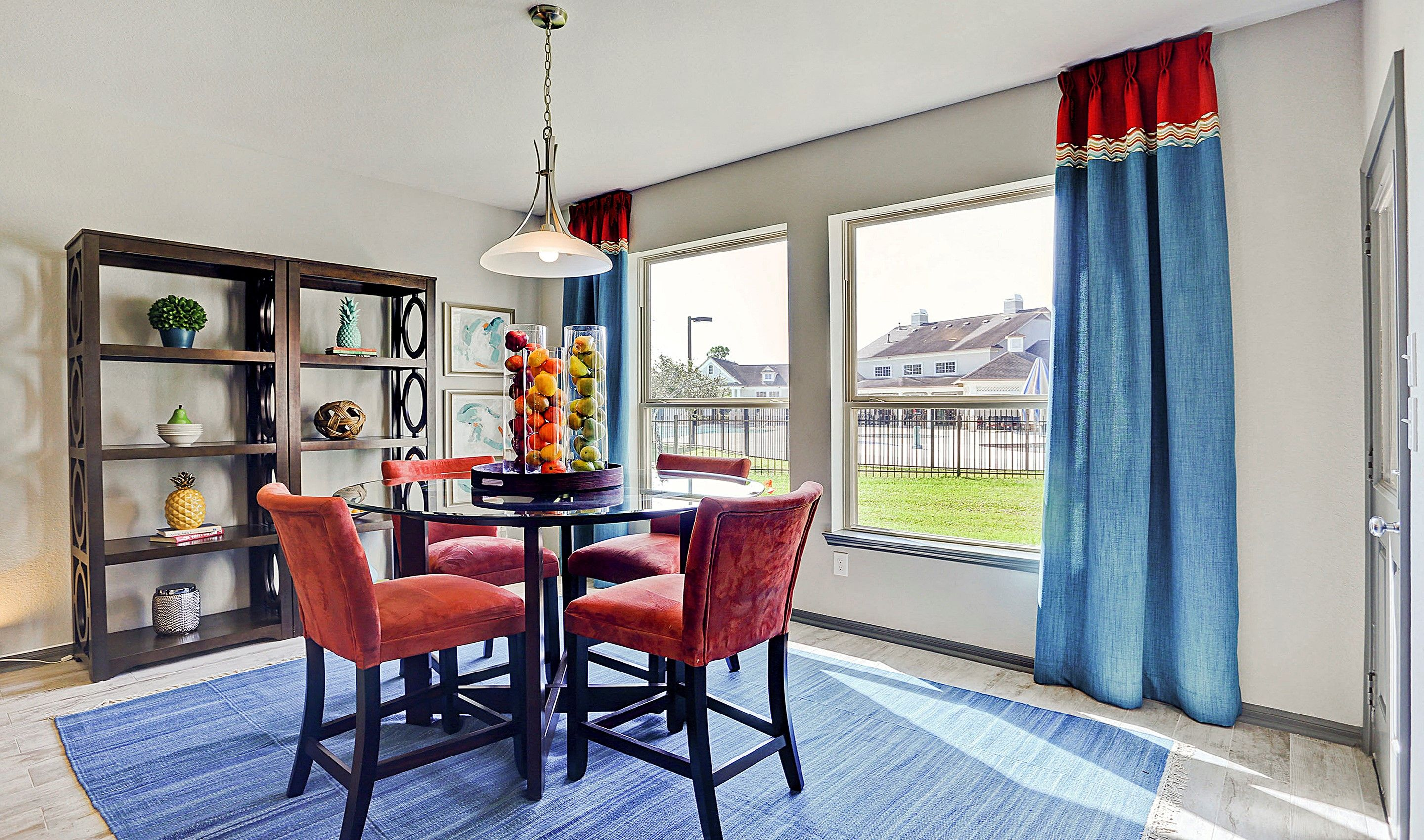 Breakfast-Room-in-Hayden-at-Woodshore-in-Clute